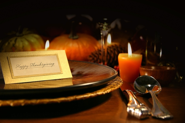 Table_setting_cover